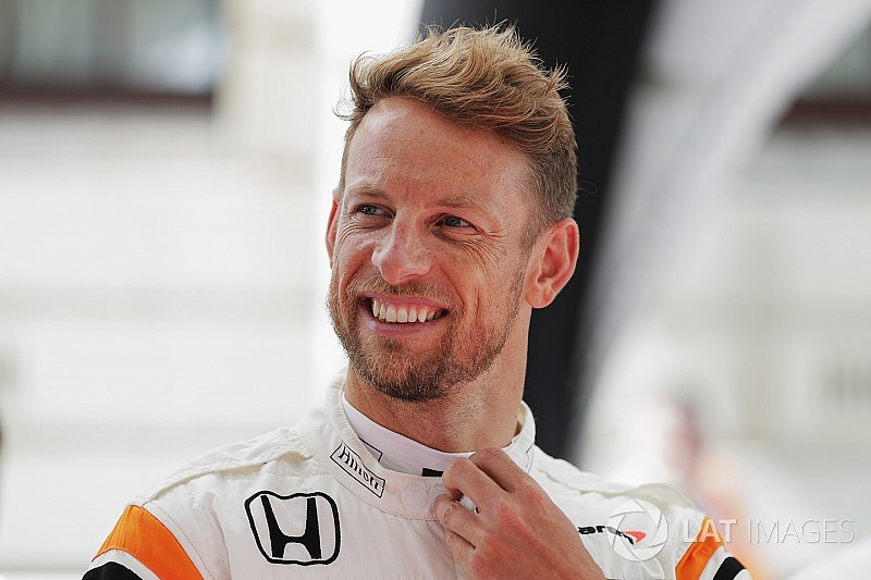 Button considering full-time racing return for 2018
