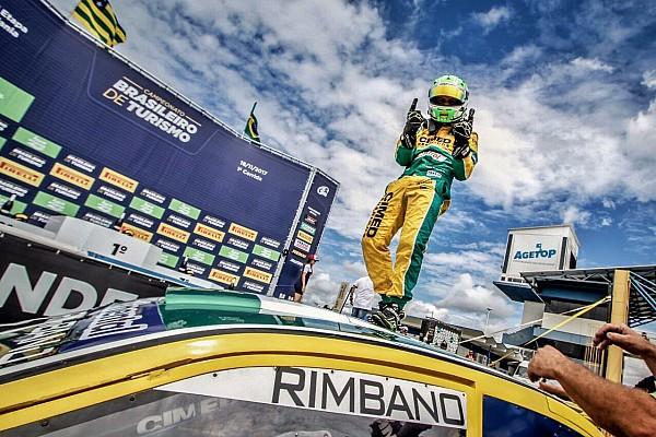 Brasileiro de Turismo Últimas notícias Campeã da Stock Light, W2 assina com Rimbano para 2018