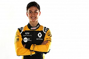 Formula 1 Breaking news Aitken promoted to Renault F1 reserve role