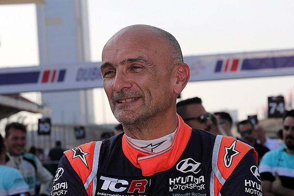 WTCR Тарквини выиграл первую в истории гонку WTCR