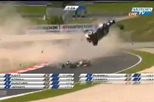 F3 Europe Últimas notícias Pedro Piquet se envolve em acidente espetacular na F3 Euro