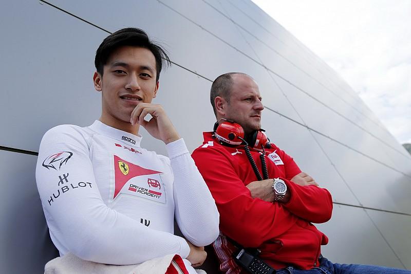 Отчисленный из Академии Ferrari Чжоу стал пилотом по развитию Renault