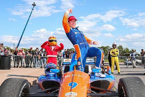 Detroit IndyCar: Dixon wins Race 2, Newgarden crashes out
