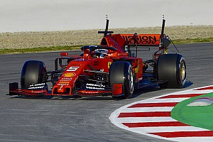 Тести Ф1 у Барселоні, день 1: Феттель домінував, Mercedes приховала карти