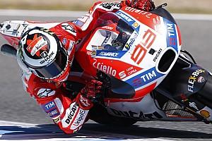 MotoGP Actualités L'usage du frein arrière à l'origine des progrès de Lorenzo