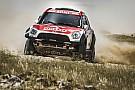 كروس كاونتري رالي قطر الصحراوي: برزيغونسكي وساندرلاند في صدارة فئتي السيارات والدراجات النارية في المرحلة الثانية