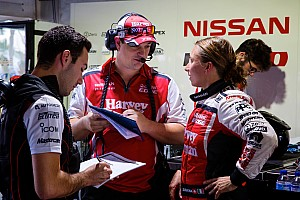 Supercars Kommentar Australia Supercars: De Silvestro erhält Lob von Nissan Motorsports