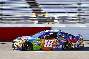 NASCAR Cup Reporte de la carrera Kyle Busch supera a Larson para ganar Etapa 1 en Richmond