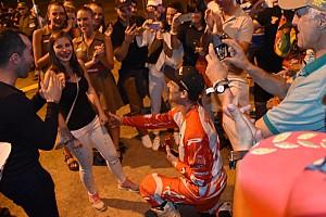 Dakar Ultime notizie Dakar: Marè festeggia l'arrivo a Cordoba con una proposta di matrimonio!