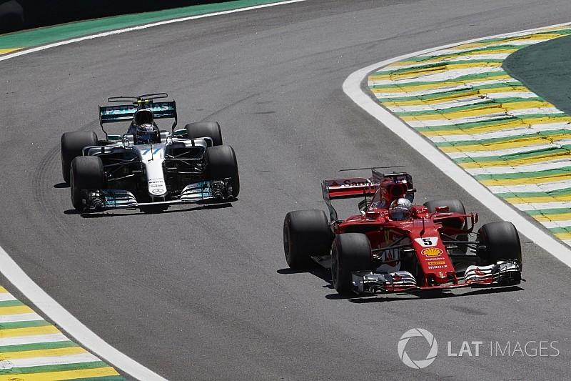 Vettel: F1'deki geçiş sayısının azlığından şikayet etmeyi bırakın
