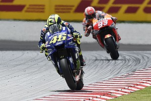 """Rossi: """"Iedereen is bang maar Marquez lijkt geen angst te hebben"""""""