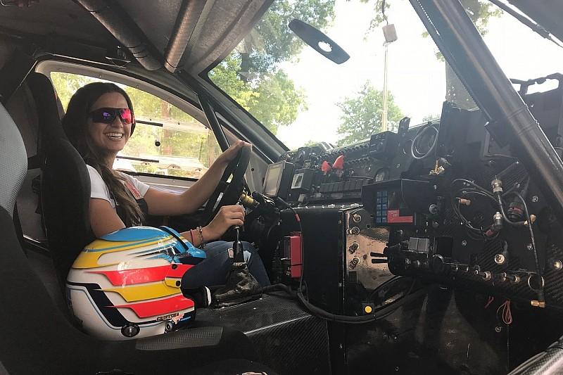 Cristina Gutiérrez cambia de aires y pilotará un Eclipse Cross en la Baja Aragón