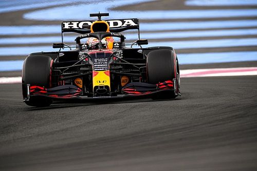 "Verstappen ""still not happy"" with Pirelli tyre failures explanation"
