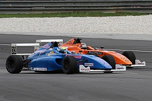 Formula 4 SEA Race report F4/SEA Sepang II: Presley menangi duel sengit melawan Frost di Race 4