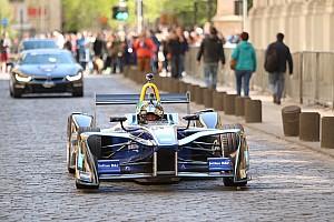 Формула E Новость Бывший пилот Ф1 сел за руль Формулы Е в 62 года