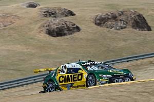 Stock Car Brasil Relato da corrida Fraga escapa de punição e vence corrida 1 no Velo Città