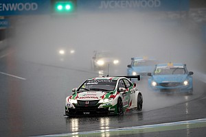 WTCC Yarış raporu Motegi WTCC: Yağmurlu yarışlarda Chilton ve Michelisz kazandı