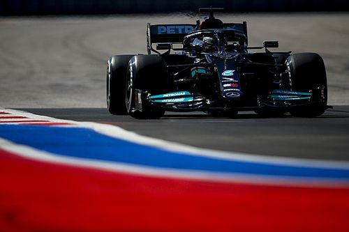 """Hamilton: """"Una pena lo de Verstappen, pero hay que aprovecharlo"""""""
