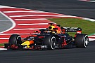 Ricciardo supera a Hamilton en el segundo día de Barcelona