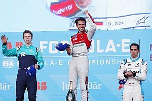 Fórmula E Crónica de Carrera Abt logra su primer triunfo en la Fórmula E