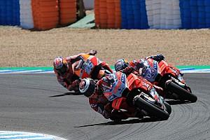 """MotoGP 速報ニュース 2番手争いの""""三つ巴クラッシュ""""、ロレンソとペドロサは意見分かれる"""