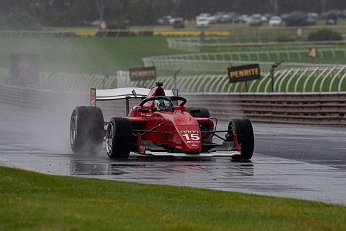 Sandown S5000: Ngatoa prevails in wild Heat 2