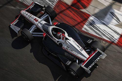 Ньюгарден взял поул финальной гонки IndyCar