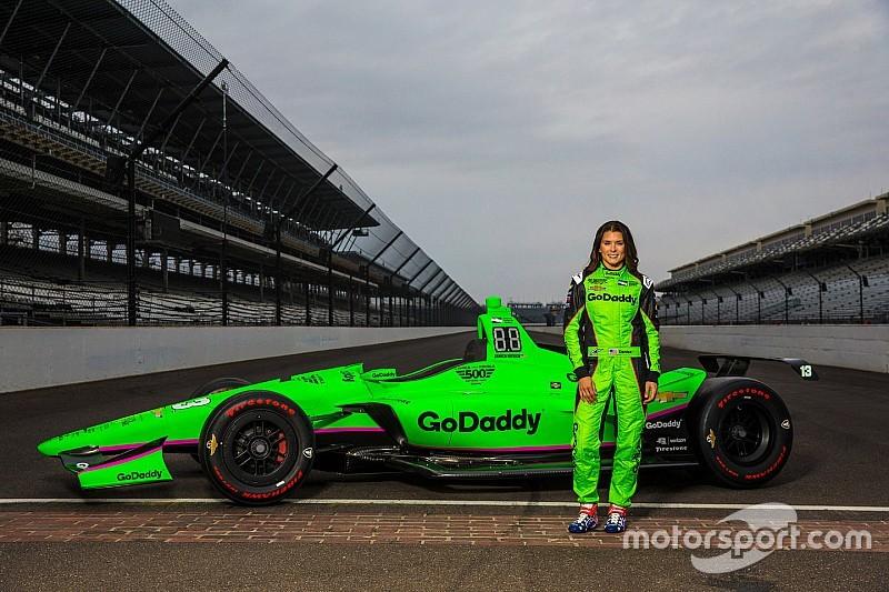 Ecco la livrea della vettura di Danica Patrick per la Indy 500