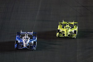 IndyCar Réactions Pagenaud en colère après le dépassement de Newgarden