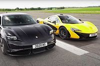 Videó: Meg tudja-e verni a Porsche Taycan Turbo S a McLaren P1-et gyorsulási versenyen?