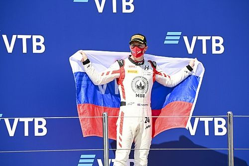 Mazepin dovrà correre con bandiera neutrale in F1
