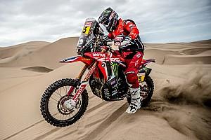 Лидер зачета мотоциклов «Дакара» сошел из-за отказа мотора Honda