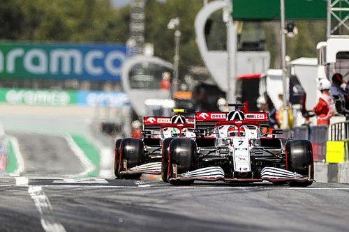 Alfa Romeo victime d'une valve défectueuse à Barcelone