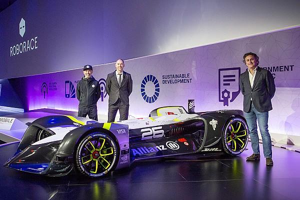 Roborace presenta el primer coche de carreras autónomo