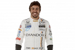 """IndyCar Noticias de última hora Mark Miles: """"Claro que Alonso puede ganar en Indianápolis"""""""
