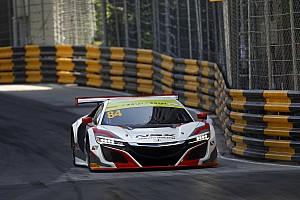 """GT Nieuws Van der Zande geeft Honda NSX vuurdoop in Macau: """"Een levendig beestje!"""""""
