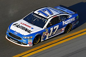 NASCAR Cup Breaking news Stenhouse, Roush boosted by long-term Fastenal deal