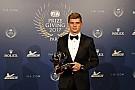 Geral Verstappen é eleito Personalidade do Ano no FIA Award