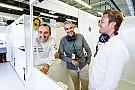 Rosberg se met en retrait de Kubica