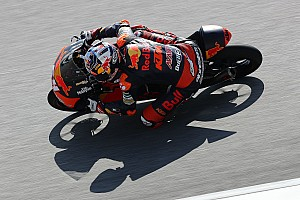 Moto3 Verslag vrije training P6 Bendsneyder in eerste training Valencia, Loi en Mir onderuit