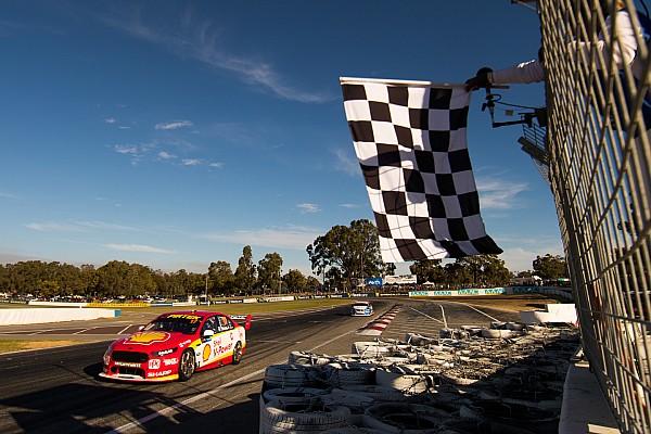 Supercars Маклафлин выиграл гонку Supercars с 19-го места