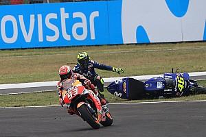 MotoGP Últimas notícias Lorenzo culpa comissários pela agressividade na MotoGP
