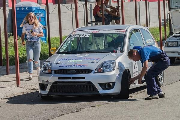 Українське кільце Спеціальна можливість Атмосфера паддока 4-го етапу Чемпіонату України з кільцевих гонок
