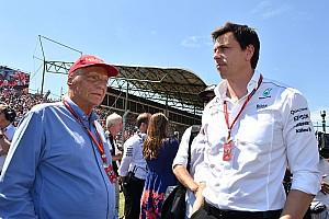Formel 1 News Trotz Airline-Kauf: Niki Lauda bleibt Mercedes-Aufsichtsrat