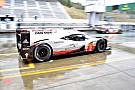WEC Porsche lidera bajo la lluvia en Fuji; Molina, rapidísimo con el Ferrari
