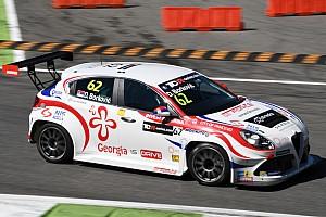TCR Prove libere Salzburgring, Libere 1: Borković porta l'Alfa Romeo in vetta