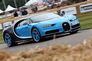 Vintage Haberler Bugatti Goodwood'a neredeyse 10.000 beygir getirdi!