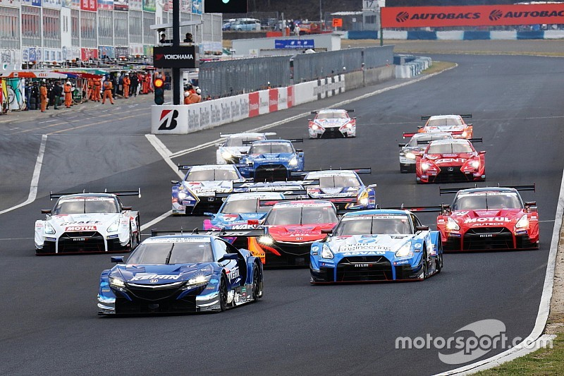 Super GT issues 44-car entry list for 2019 season