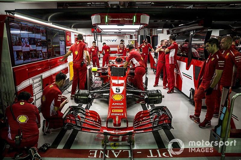 Vettel-dominancia a Szingapúri Nagydíj utolsó szabadedzésén a Ferrarival