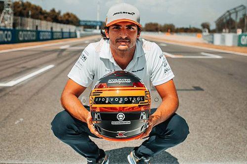 Fotogallery: casco di Sainz dedicato alla lotta contro il COVID